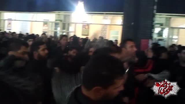 ظهر تاسوعا بانوای حاج حسن شجایی(زنجیرزنی)مسجد وکیل