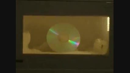سی دی در ماکروویو