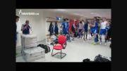 خوشحالی بازیکنان جزایر فارو پس از شکست دادن یونان