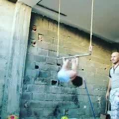 پسر بچه ایرانی ورزشکار (از دست ندید)