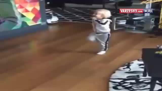 توپ بازی نیمار با پسرش$محمود تبار