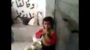جدال کودکان رقه برای قرصی نان در سرزمین داعش