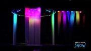 رقص آب با نور پردازی و تصاویر سه بعدی فوق العاده. خدایشش قشنگه