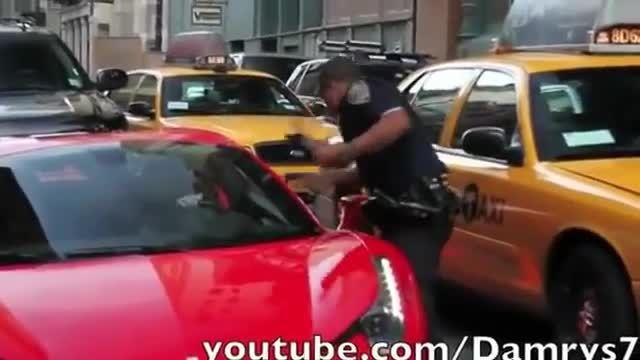 برخورد پلیس با راننده قاطی ماشین فراری-وحشتناک-حتماببنی