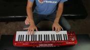 پیانیست چهار دست