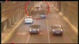 فیلمی از سرنگون شدن عجیب موتورسواران در تونل توحید یا همان تونل مرگ موتوری ها
