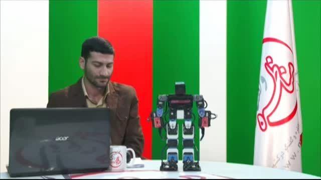 عکس العمل عجیب مجری بعد از دیدن ربات نماز خوان