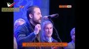 تقدیم جایزه به روحانی توسط هومن سیدی