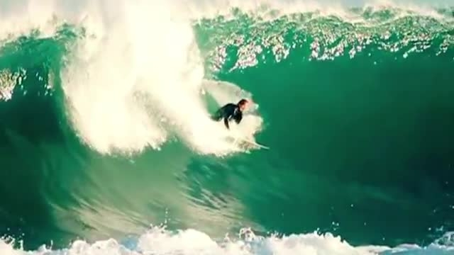 موج سواری دیدنی و تماشایی