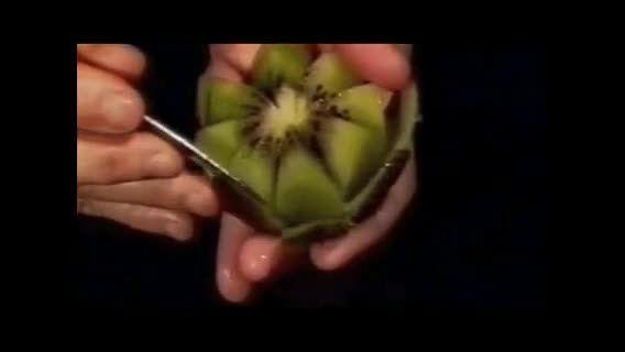 درست کردن گل با کیوی