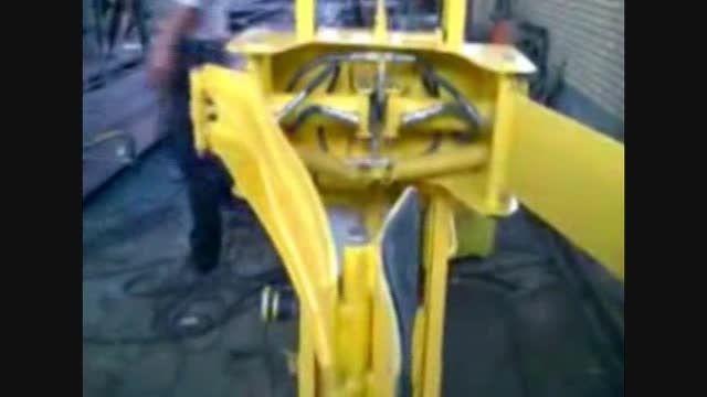 بالابرنده  اجسام استوانه ای به وزن دویست کیلو گرم