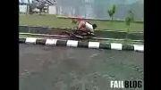 تک چرخ زدن خنده دار با موتور.....