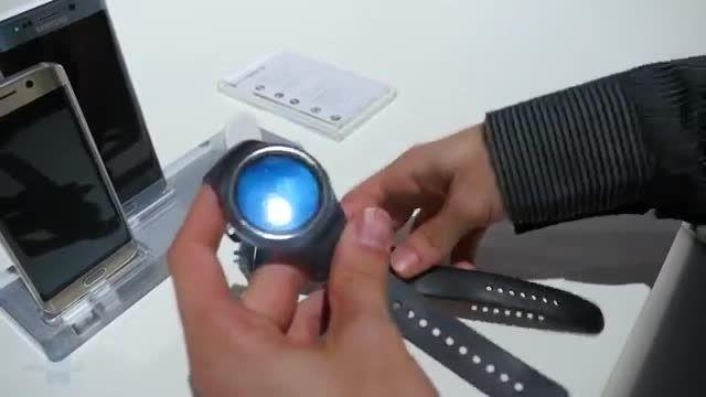 مقایسه تخصصی فون آرنا Samsung Gear S2 vs Apple Watch