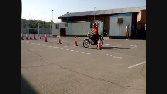 آزمون موتور سیکلت در شهرک آزمایش
