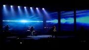 گوشه ای از اجرای به خودت باختمت کنسرت بابک جهانبخش 13اردیبهشت92-برج میلاد تهران  babak jahanbakhsh concert
