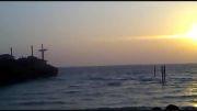 کشتی یونان کیش در هنگام غروب خورشید