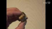 روش روشن کردن لامپ در دست