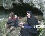 عزیزی اقا مردی که در جنگل داخل غار زندگی می کند