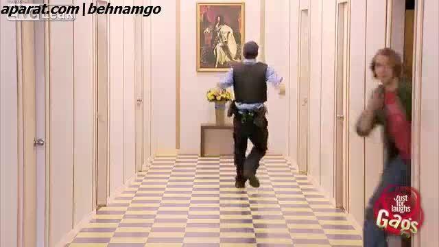 دوربین مخفی-دزد و پلیس :))