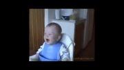 خندیدن بسیار خنده دار  بچه ها
