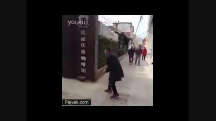 دوربین مخفی ترسوندن ژاپنی ..... آخر خنده ...