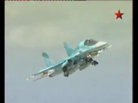 جنگنده بمب افکن SU-34