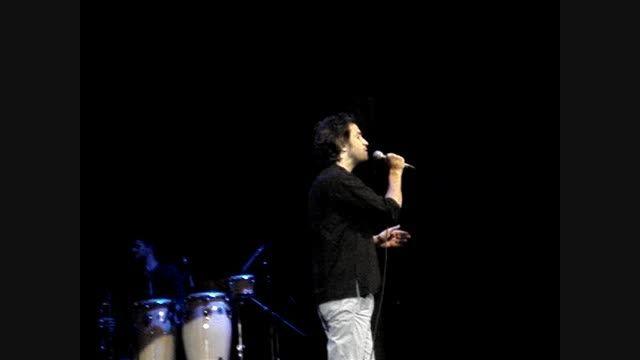 اجرای آهنگ آشوب در کنسرت 21 تیر91 /بنیامین /تهران