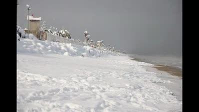 تصاویر گلچین شده از برف زمستان 1392 در ایزدشهر