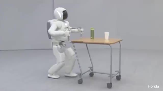 10 ربات شگفت انگیز که دنیا را تغییر می دهند- کافه ربات