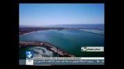 موج سواری با حجاب کامل توسط دختر ایرلندی در ایران