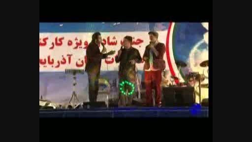 نمایش کمدی موزیکال نابغه ها...اکبر آقائی