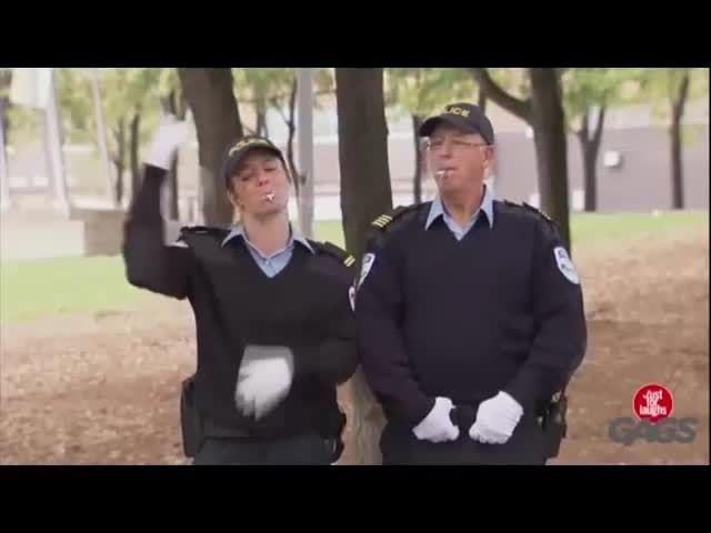 دوربین مخفی خنده دار کلکل پلیس - Motefavetha.com