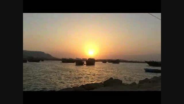 غروب زیبای جزیره قشم با ماه عسل فرزاد فرزین