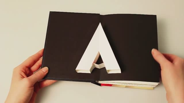 کتاب سه بعدی حروف