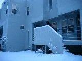 مگه آب جوش هم یخ می زنه؟
