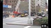 برخورد توپ سنگی به ماشین در وسط شهر تو روز روشن!!!!
