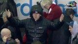 آبیاری هواداران لیورپول در بازی با نیوکاسل!
