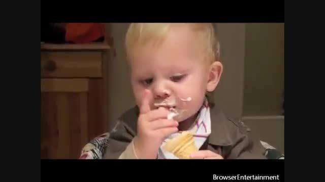 خنده دار ترین ویدئوهای یوتوب از لحظات شاد نوزادان
