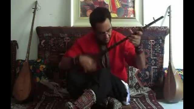 نواختن دوتار و آواز کرمانجی توسط استاد محسن میرزاده
