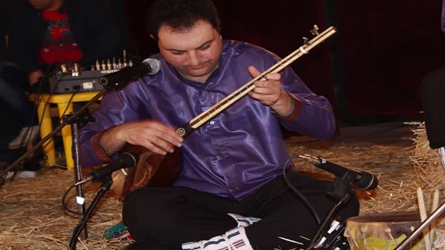 06- آهنگ اسماعیل خانی (بی کلام) - محمدرضا برزگر