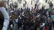 تجمع مردم اصفهان در بستر خشک زاینده رود !!
