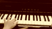 اجرای آهنگ بریتنی با پیانو (6)