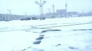 مشهد در یک روز برفی