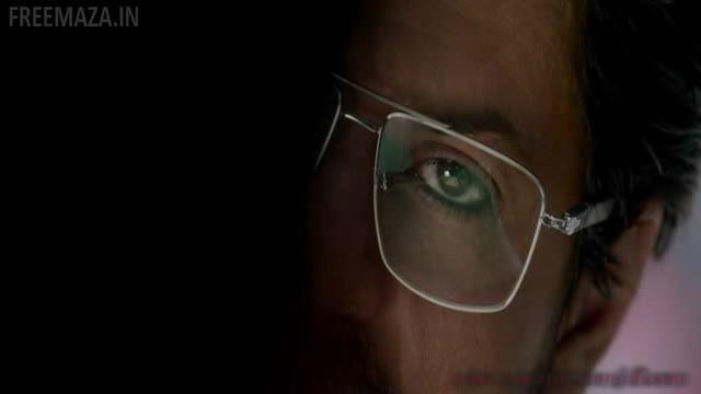 نمایی از شاهرخ خان در فیلم رئیس 2016