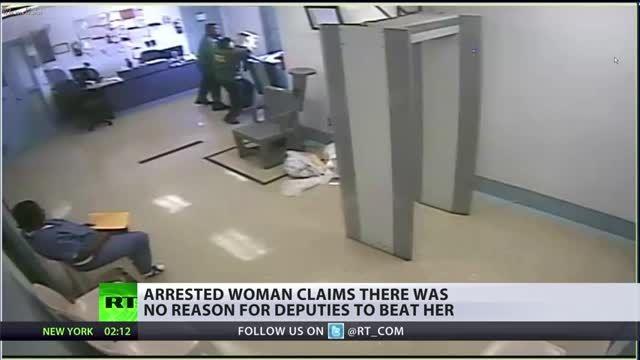 رفتار خشونت آمیز پلیس فلوریدا با زندانی زن