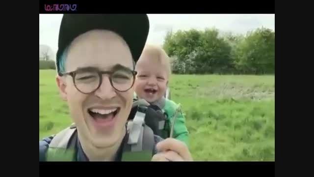 خنده  جالب بامزه جذاب کودک بچه نوزاد+کلیپ فیلم ویدیو