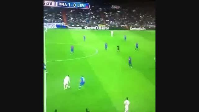 مقایسه دریبل مسی و رونالدو در دو بازی اخیر