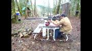 لگد خیلی زیاد و دردناک اسلحه ی تک تیرانداز TAC-50 (دقت کنین چجوری پا چشش میخوره)
