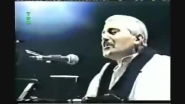 """اجرای زنده آهنگ """"بوی عیدی"""" توسط فرهاد مهراد"""