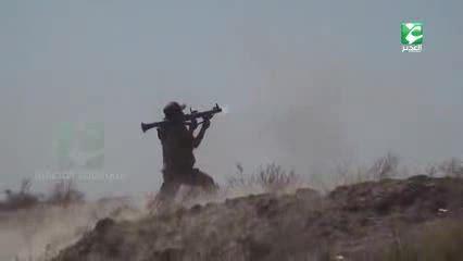 هدف گیری یک داعشی انتحاری با آر پی جی